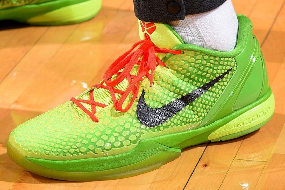 Nike Kobe 5 Mamba Mentality Grinch 1