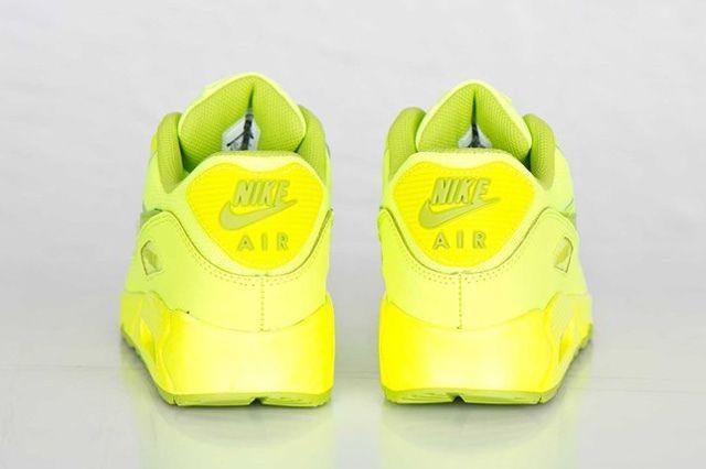 Nike Air Max 90 Gs Volt Fierce Green 2