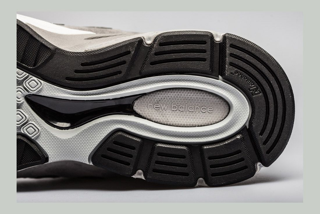 New Balance 990 V4 Detail 7