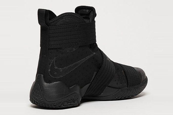 Nike Lebron Soldier 3