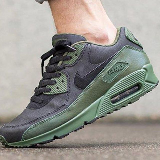 Casi Adelaida Brillante  Nike Air Max 90 Winter (Carbon Green) - Sneaker Freaker