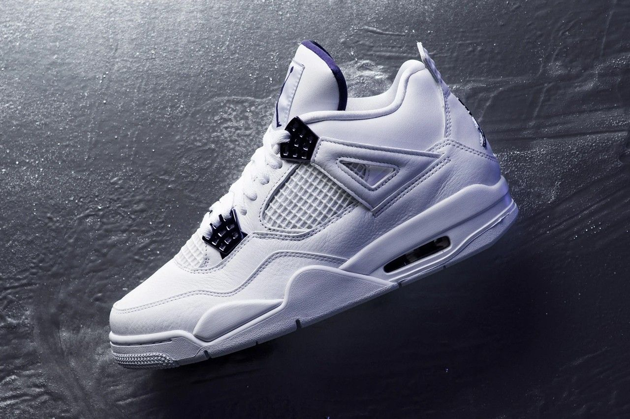 Air Jordan 4 Metallic Purple Left