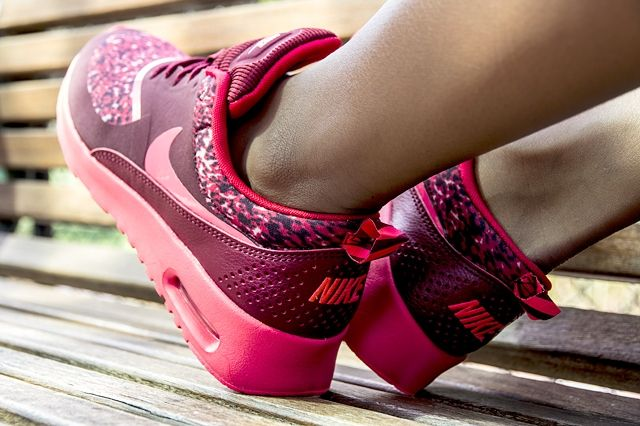 Nike Air Max Thea Red Multi 3