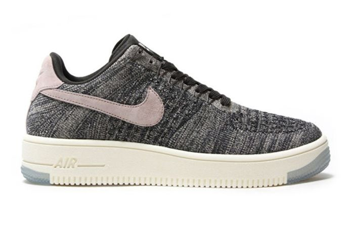 1 Nike Wmns Air Force 1 Flyknit Low 2 681X478