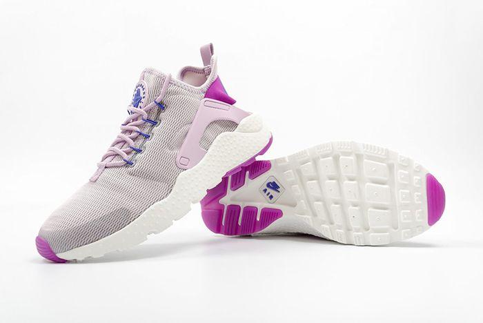 Nike Wmns Air Huarache Lilac 1