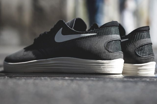 Nike Lunar Oneshot Black Ivory 4