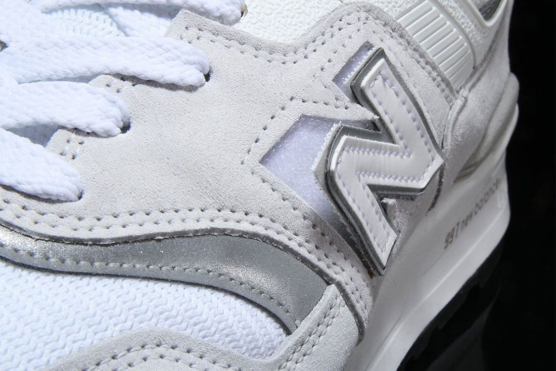New Balance 997 Grey Velcro Logo 4 Up Close White