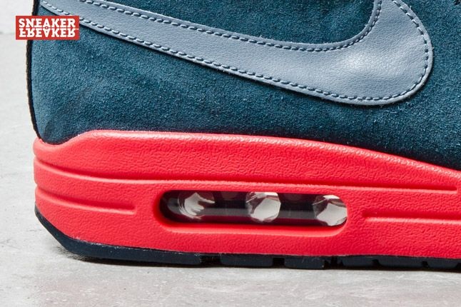 Nike Wardour Max Armory Navy Red 2 1