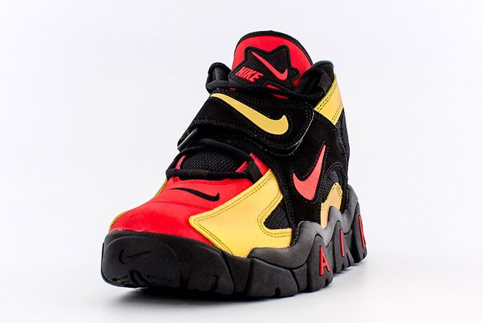 Nike Air Barrage Mid 49Ers Ct1573 700 Front Angle