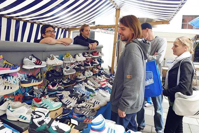 Adidas Originals Berlin Flea Market 4 1
