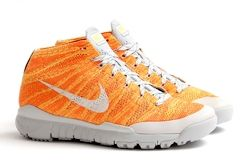 Nike Flyknit Trainer Chukka Fsb Total Orange Thumb