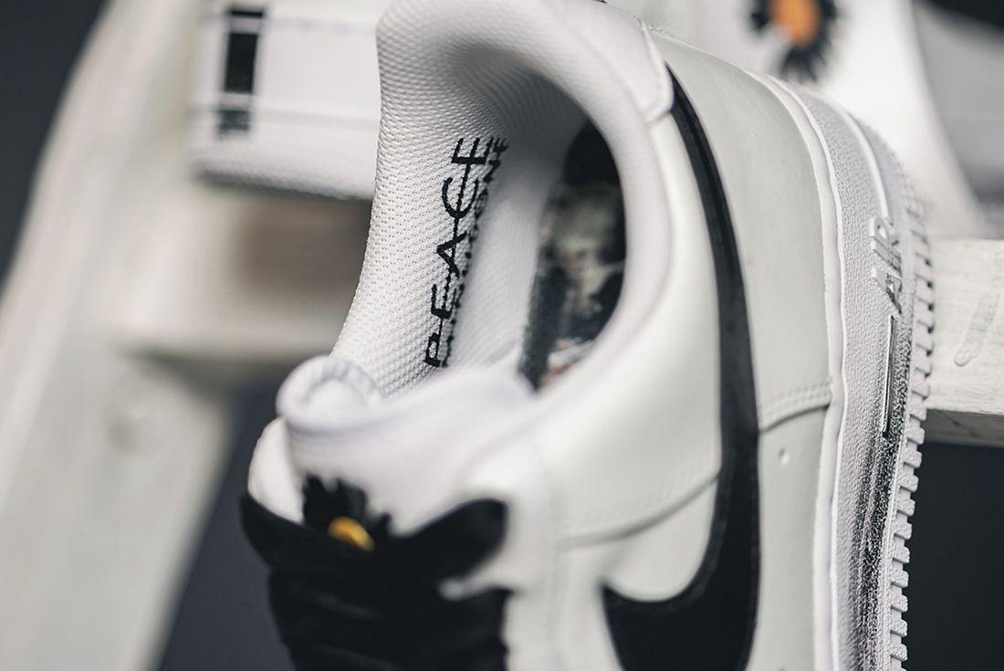 PEACEMINUSONE x Nike Air Force 1 Para-Noise 2.0