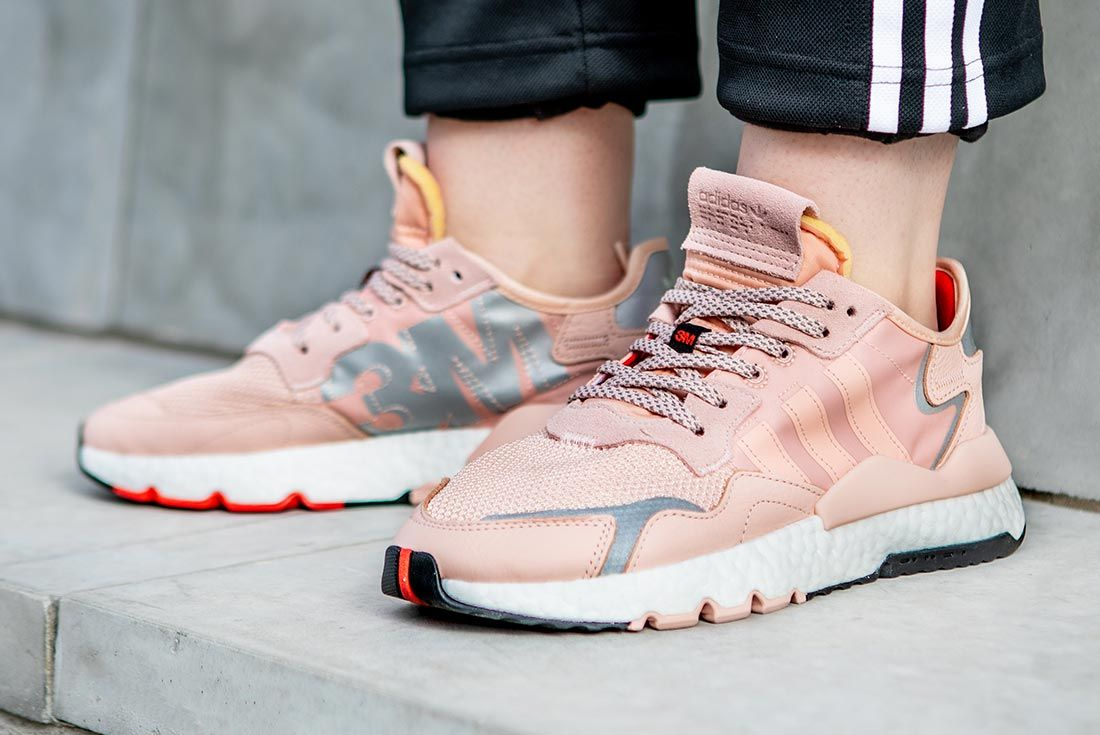On Foot Adidas Nite Jogger Pink Three Quarter