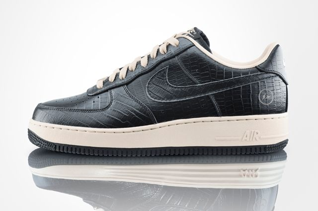 Nike Air Force 1 Low Premium Fragment