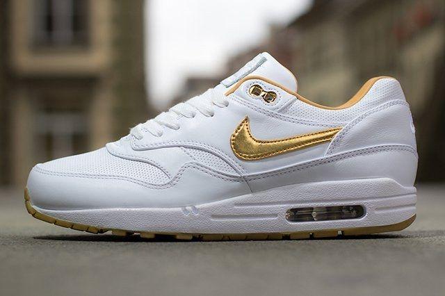 Nike Air Max 1 Fb Woven Metallic Gold 1