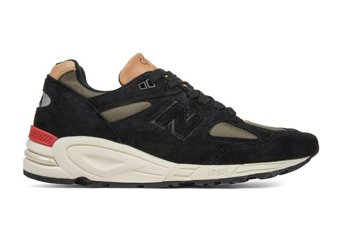 New Balance 990 V2 Black Green 4