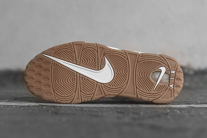 Nike Air More Uptempo Whitegum 4