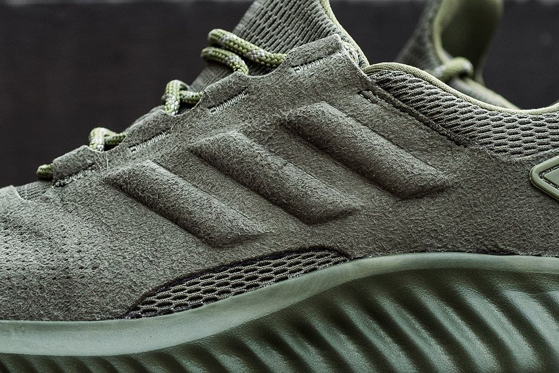 Adidas Alphabounce Suede 4