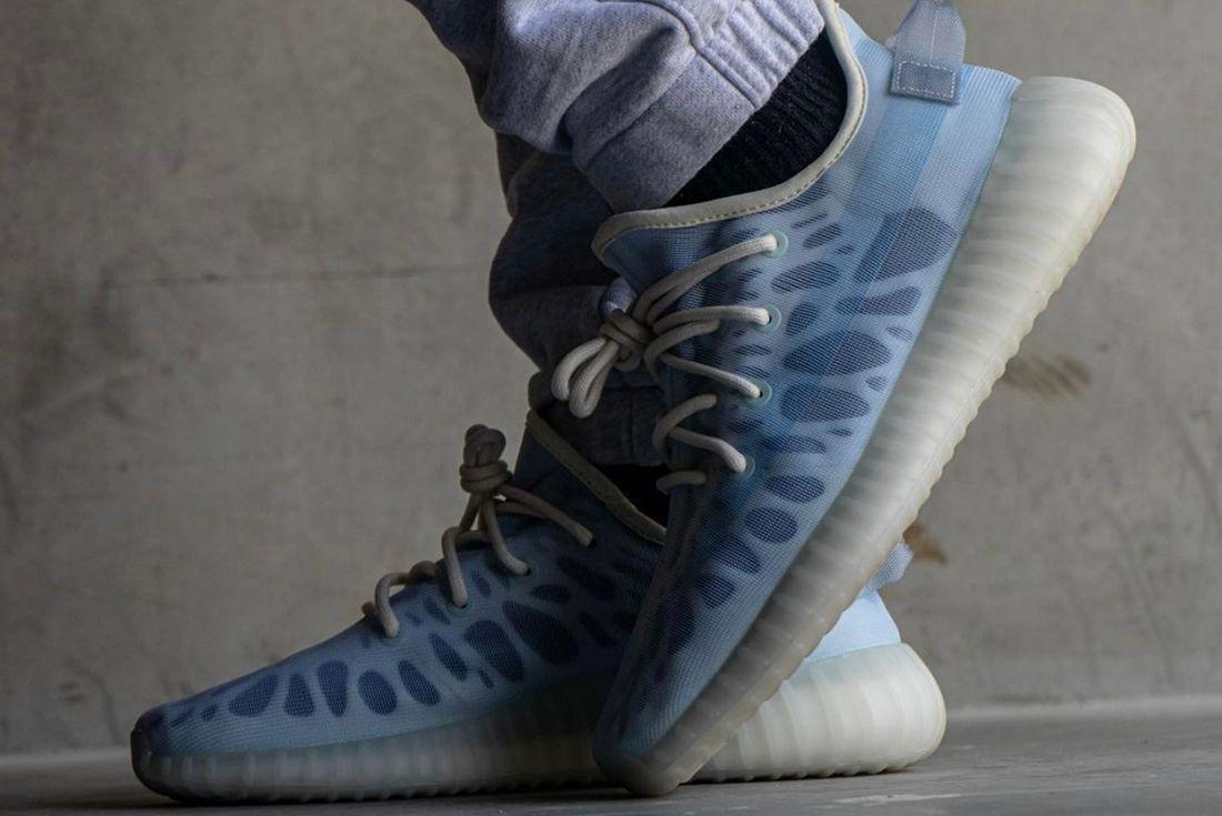 Yeezy BOOST 350 V2 'Mono Ice' on foot shot