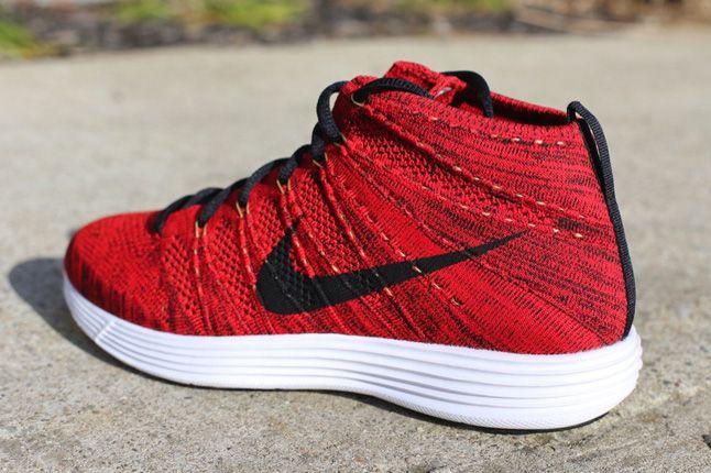 Nike Flyknit Chukka University Red Quater Back 1