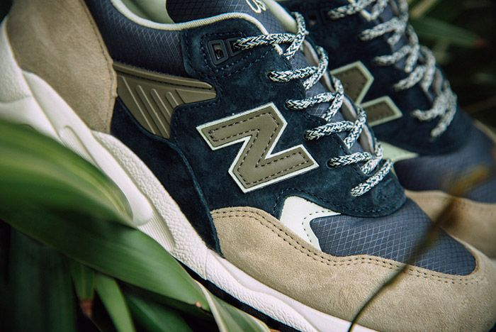New Balance 585 Navy Olive 5