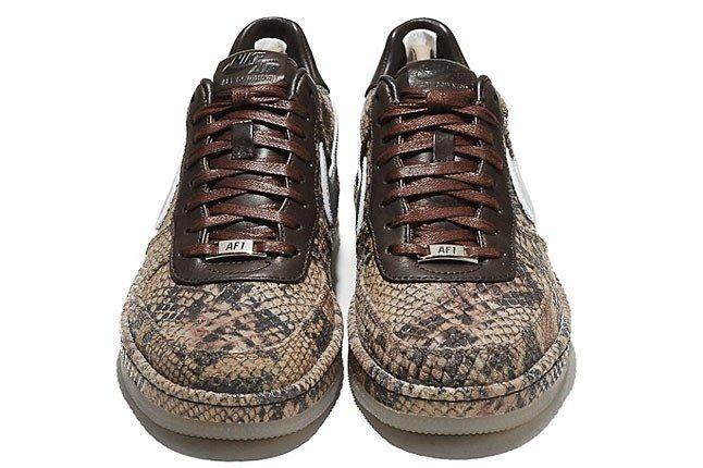 Nike Snakeskin Sneaker 1