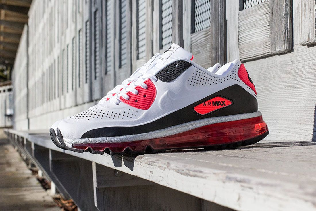 Nike Air Max 90 Leather Infrared Lateral Side Shot