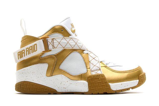Nike Air Raid Metallic Gold 4