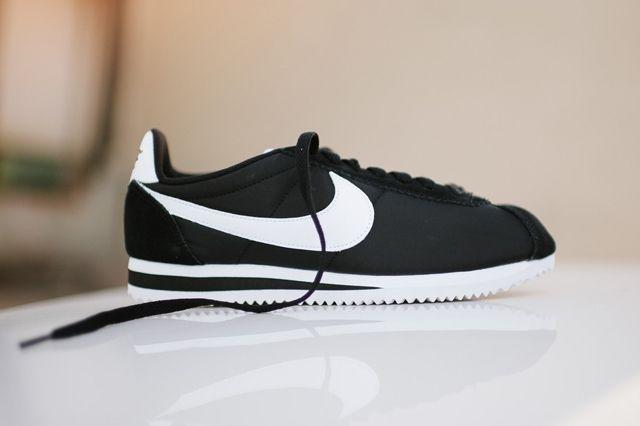 Nike Cortez Nylon Black White 4