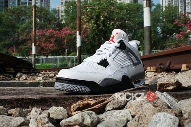 Air Jordan 4 Tech Grey 041 1