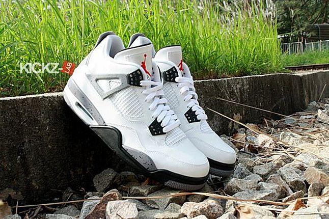 Air Jordan 4 Tech Grey 07 1