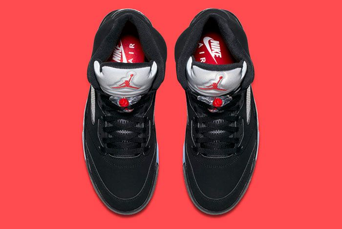 Air Jordan 5 Retro Blackmetallic 4