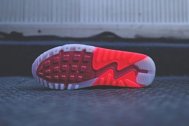 Nike Air Max 90 Ice Laser Crimson 6