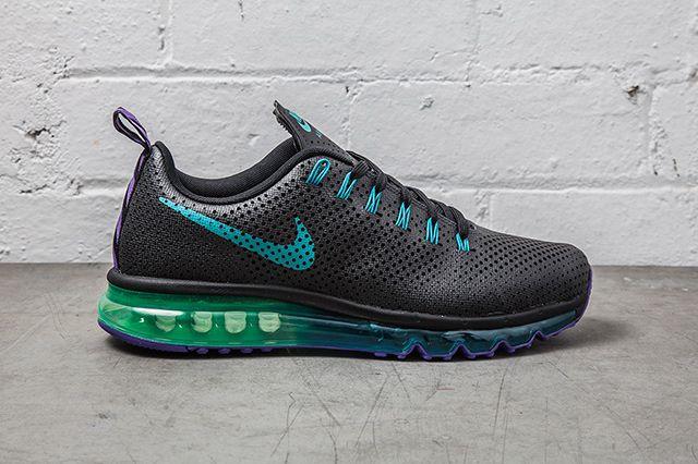 Nike Air Max Motion Black Grape