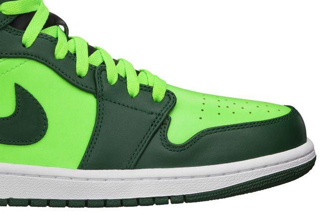 Jordan 1 Mid Electric Green Toe 1