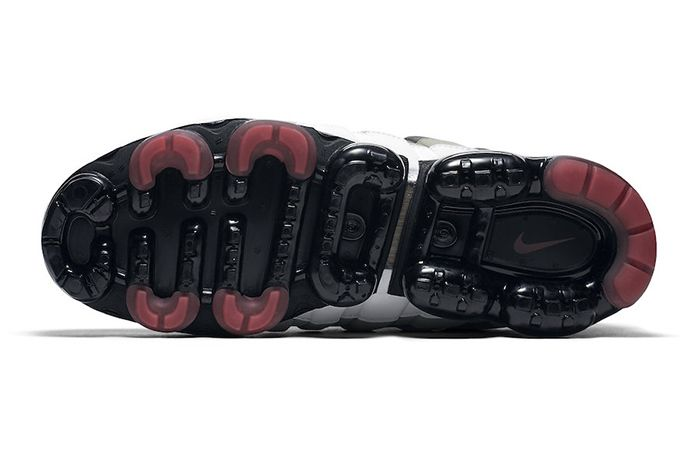 Nike Air Vapormax 95 Hot Red 5