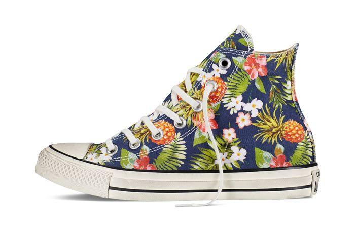 Chuck Taylor All Star Floral Denim2