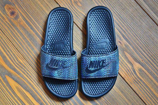 Nike Benassi Jdi Qs Multi Gold Pack