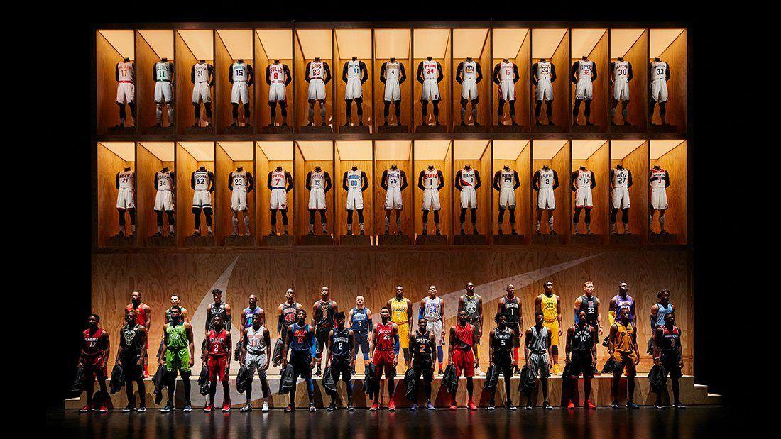 04 170915 Fw Nike Wtta 1703 V1 16X9 3000Px Original