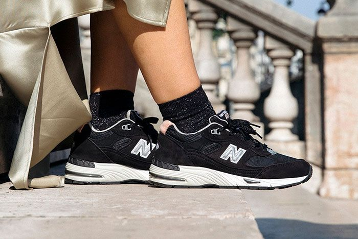 New Balance Made In Uk Season 2 991 Black On Foot Lateral