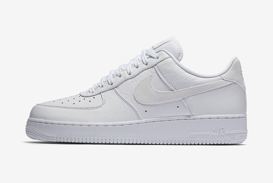 Nike Air Force 1 Refelctive Swoosh Pack 18