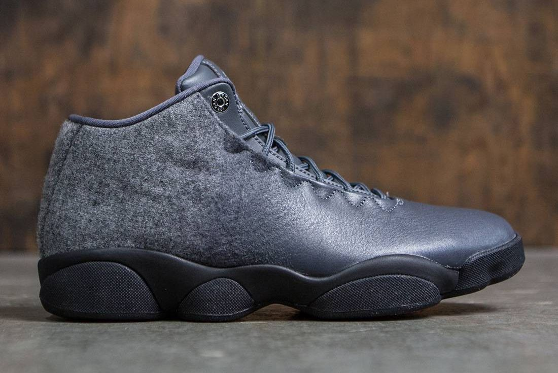 Jordan Horizon Low Dark Grey4