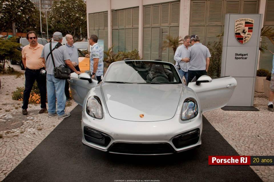 Porsche Boxster GTS no restaurante Albamar