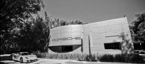 Porsche. Uma história de vitórias. Centro tecnico Porsche RJ Itanhanga