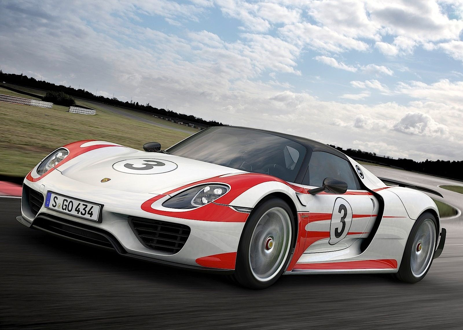 Porsche 918 2015