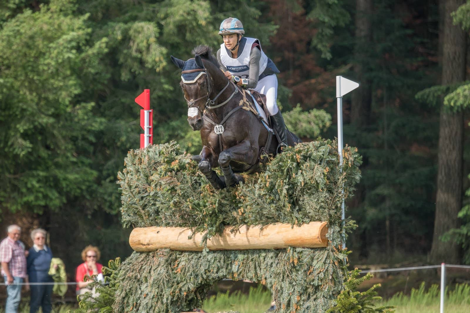 frankie thieriot stutes eventing champion on horse
