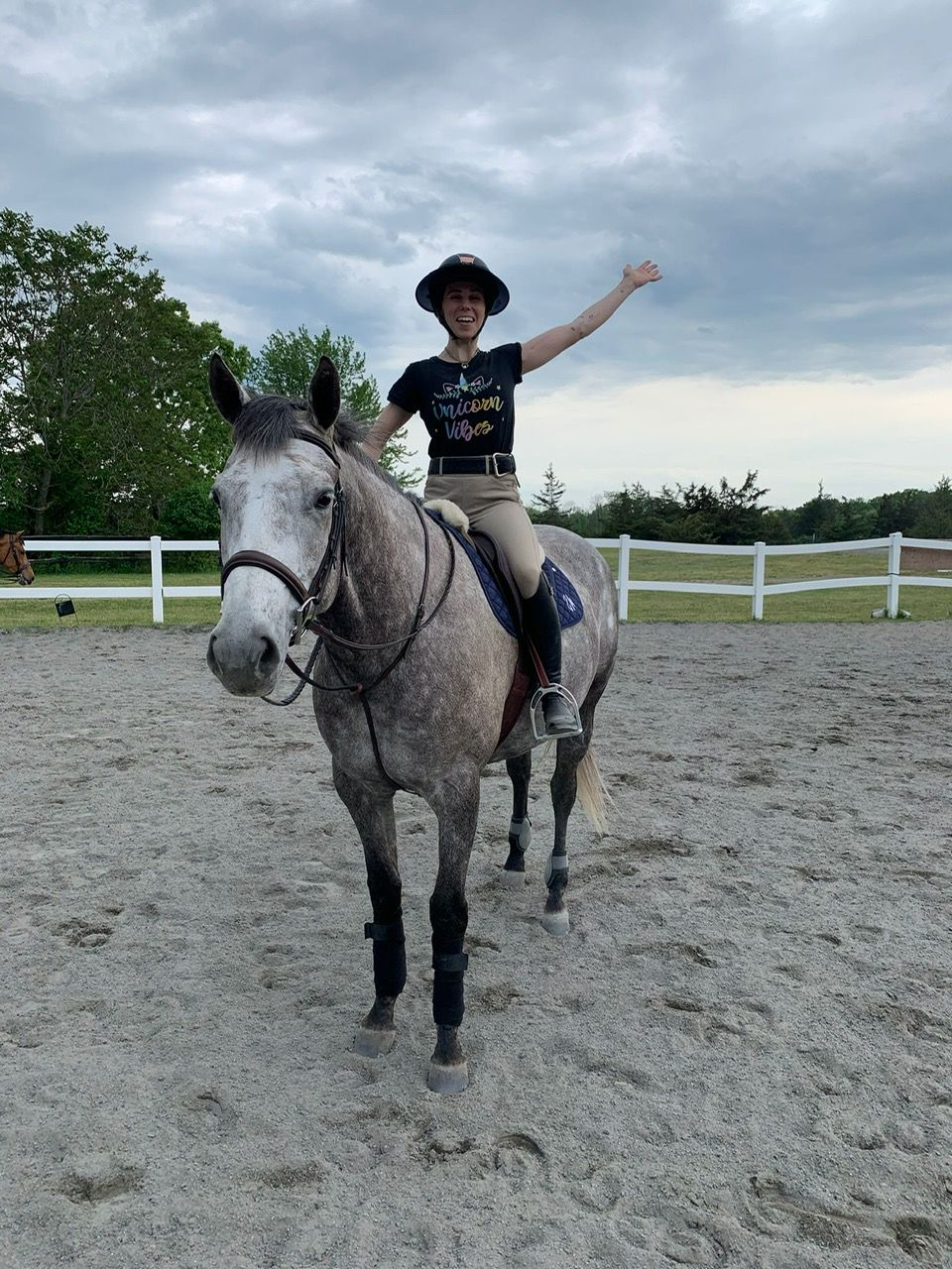 equestrian zosia mamet and her horse