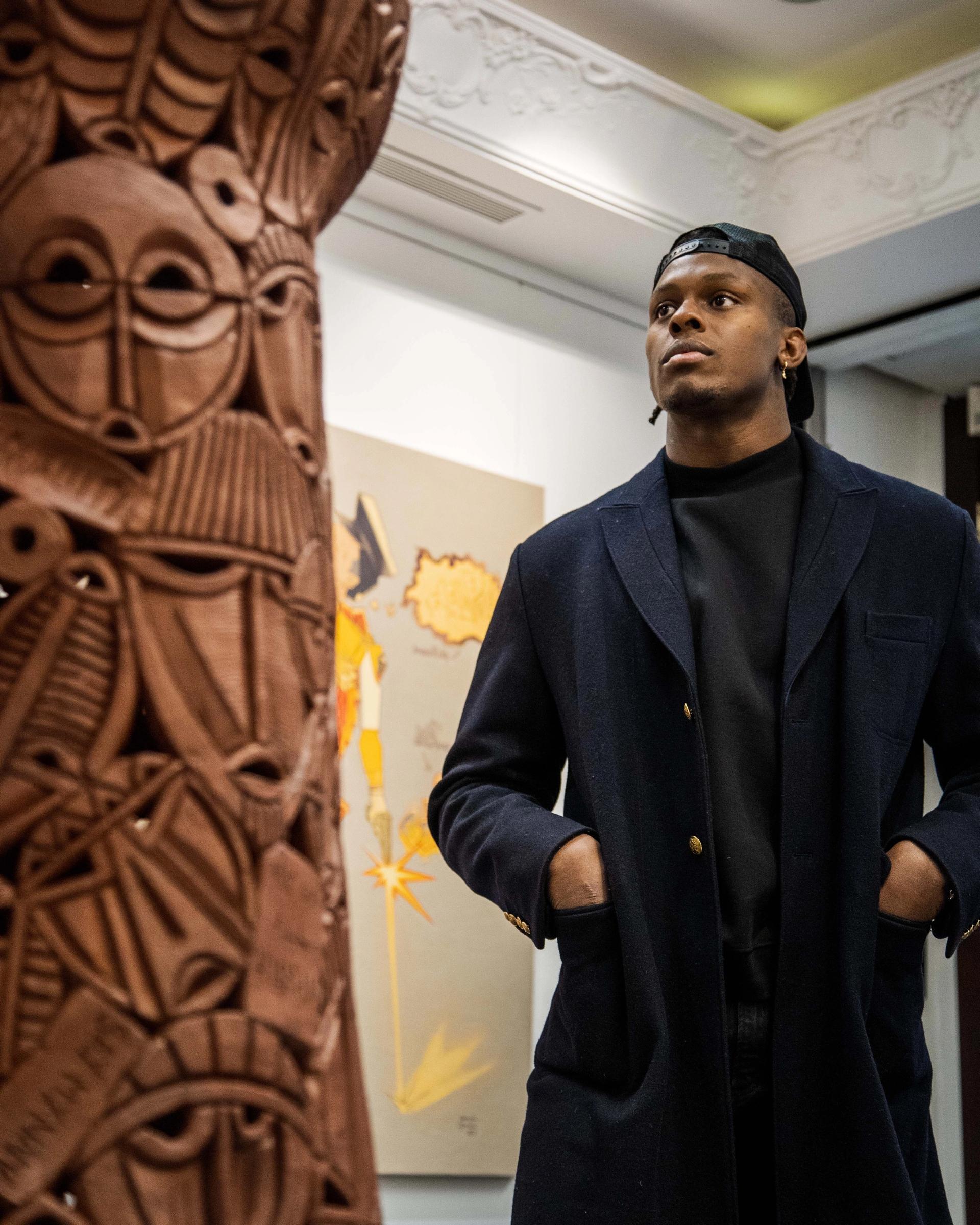 Maro Itoje at Signature African Art, London Image courtesy of Soapbox London, 2021