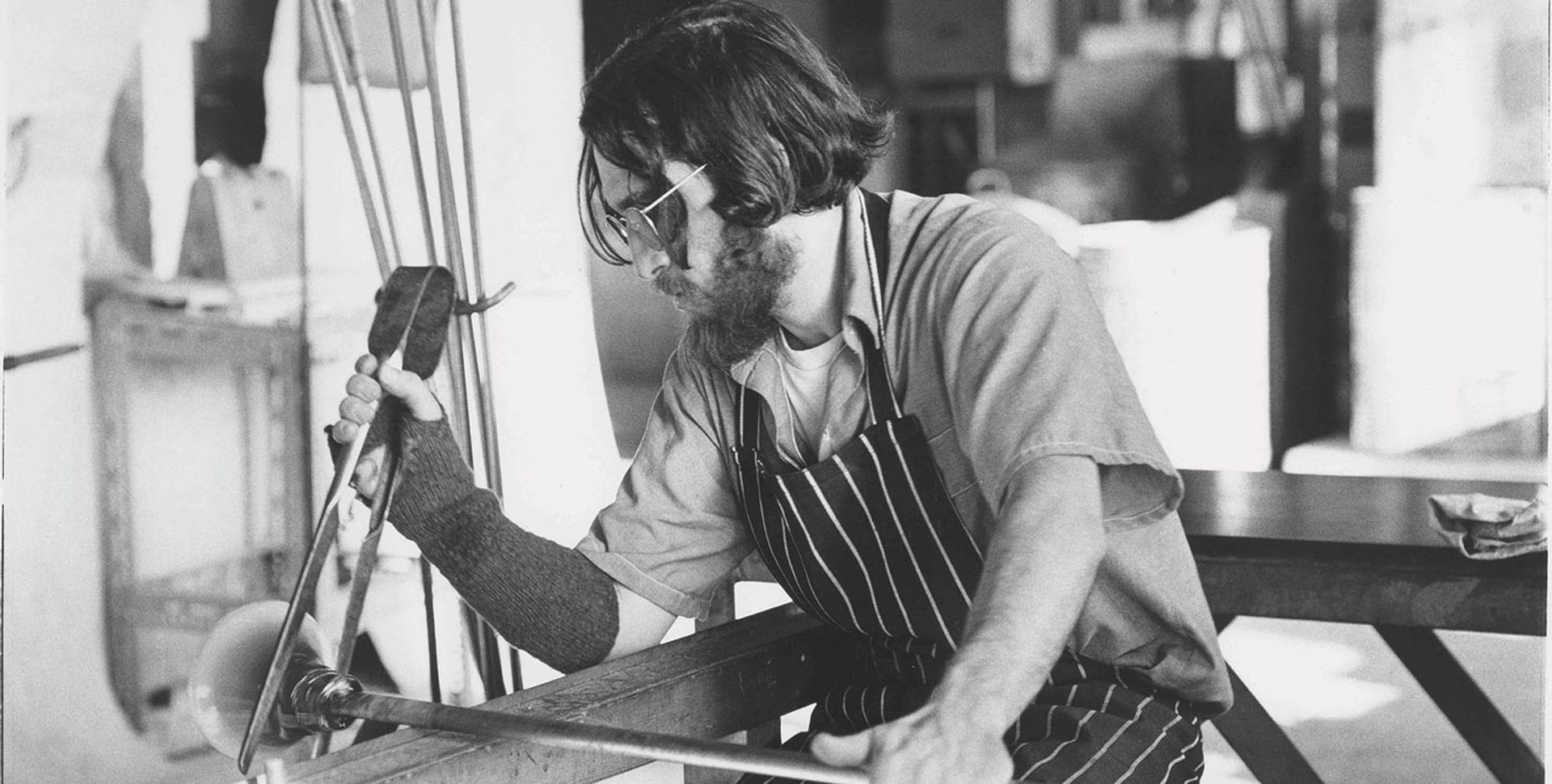Sam Herman at the Royal College of Art, in London, where he was head of the Glass department in 1966-74 Courtesy of Frestonian Gallery