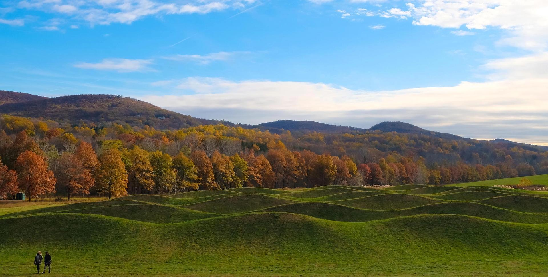 Maya Lin's Wave Hill at Storm King Art Center, where there is a collection of more than 100 carefully sited sculptures and earthworks. Shutterstock